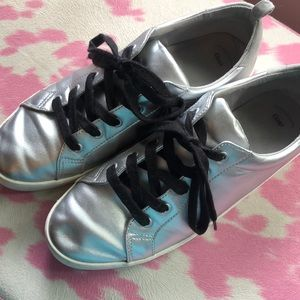 Silver tennis shoes